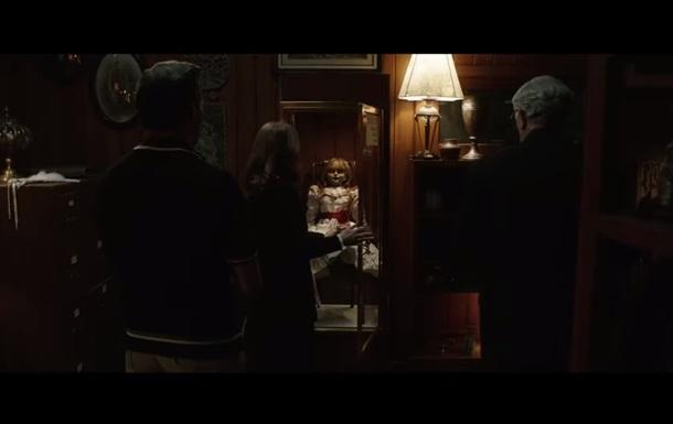 Кадры из фильма Проклятие Аннабель 3