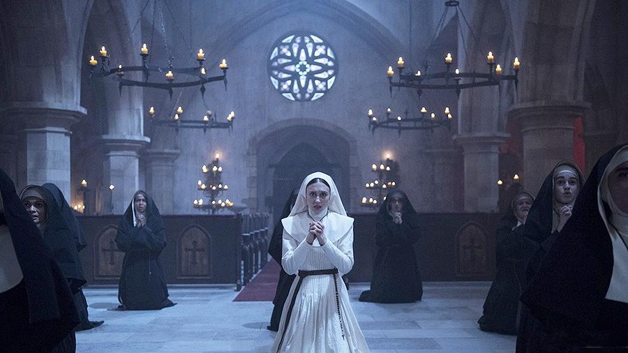 Кадры из фильма Проклятие монахини 2