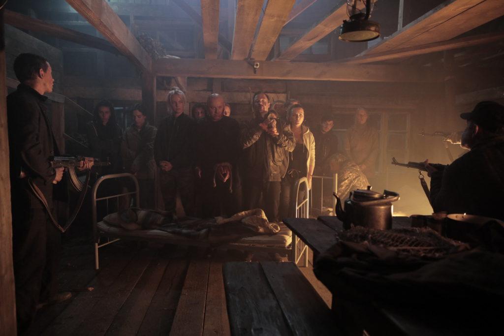 Кадры из сериала Игра на выживание 2 сезон